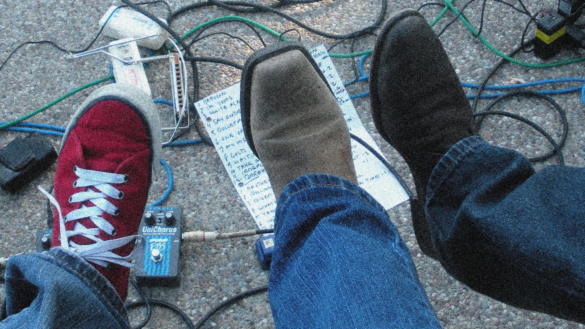 homepg_slider_3shoes
